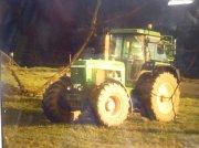 John Deere 4250 Тракторы