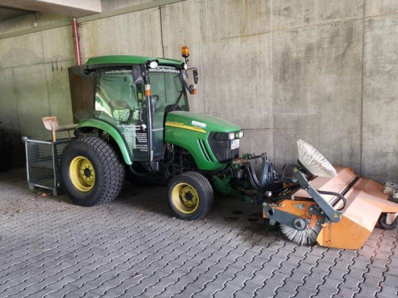 Traktor типа John Deere 4320 +Anbaugeräte, Gebrauchtmaschine в Bühl (Фотография 1)