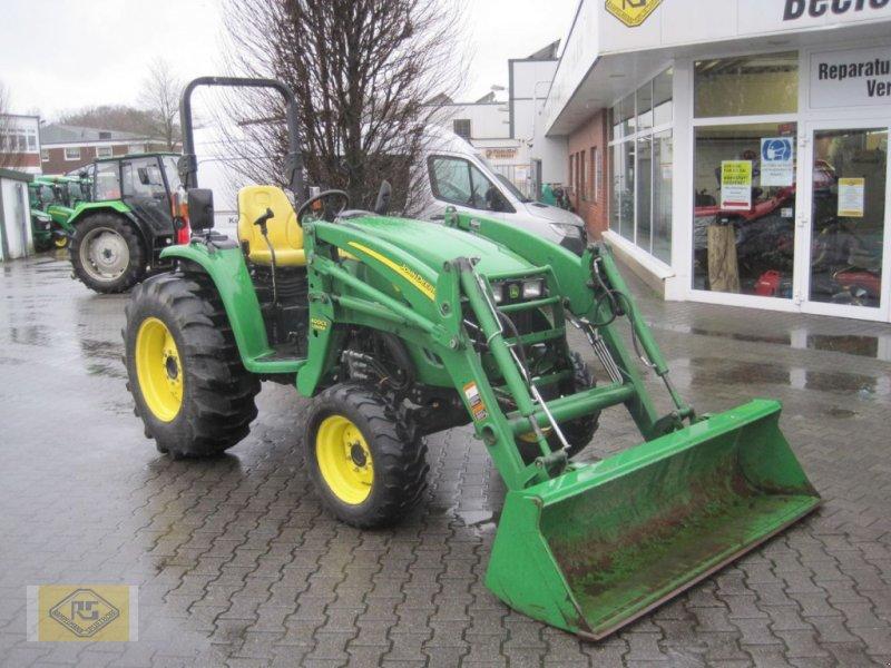 Traktor tipa John Deere 4320, Gebrauchtmaschine u Beelen (Slika 1)