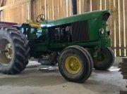 Traktor типа John Deere 4520 в neufchateau