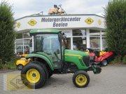 John Deere 4720 Traktor