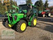 John Deere 5055 E Тракторы