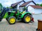 Traktor des Typs John Deere 5055 E in Wehr
