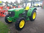 Traktor des Typs John Deere 5055E in Sittensen