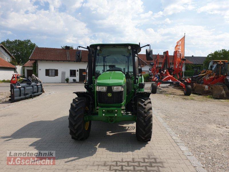 Traktor des Typs John Deere 5058E, Neumaschine in Mühldorf (Bild 5)