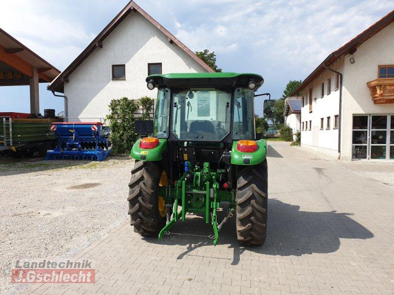 Traktor des Typs John Deere 5058E, Neumaschine in Mühldorf (Bild 6)