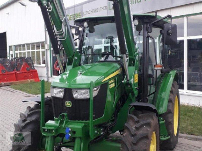 Traktor типа John Deere 5058E, Gebrauchtmaschine в Triebes (Фотография 1)