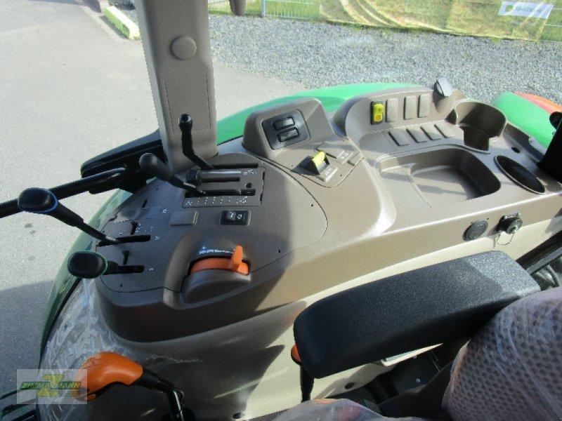 Traktor des Typs John Deere 5058E, Neumaschine in Euskirchen (Bild 7)