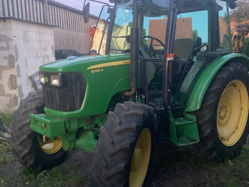 Traktor tip John Deere 5065 E, Gebrauchtmaschine in Neuendorf (Poză 1)