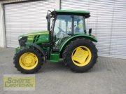 Traktor типа John Deere 5067E 24/12 Getriebe, Neumaschine в Marsberg-Giershagen