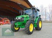 Traktor типа John Deere 5067E KABINE, Neumaschine в Hofkirchen