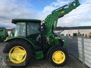 John Deere 5067E mit Frontlader Traktor