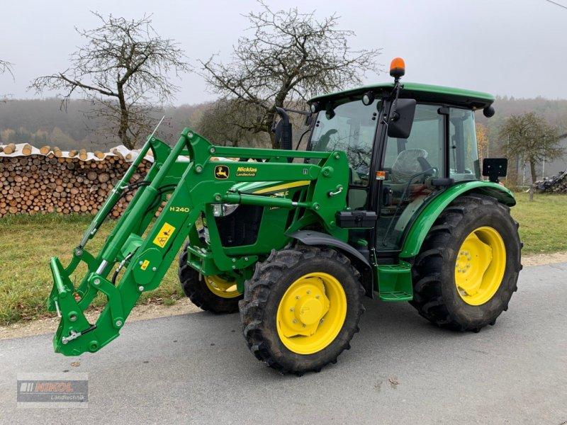 Traktor des Typs John Deere 5075 E, Gebrauchtmaschine in Lichtenfels (Bild 2)