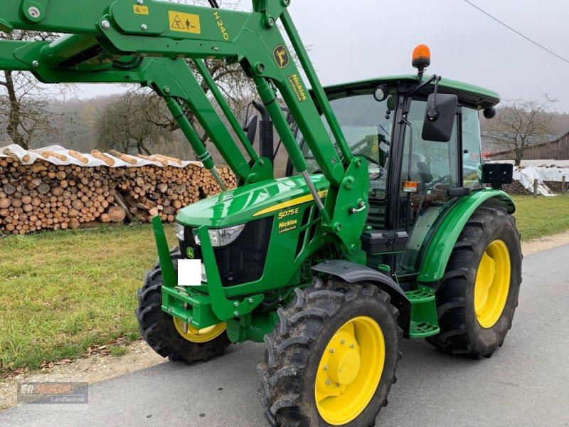 Traktor des Typs John Deere 5075 E, Gebrauchtmaschine in Lichtenfels (Bild 10)