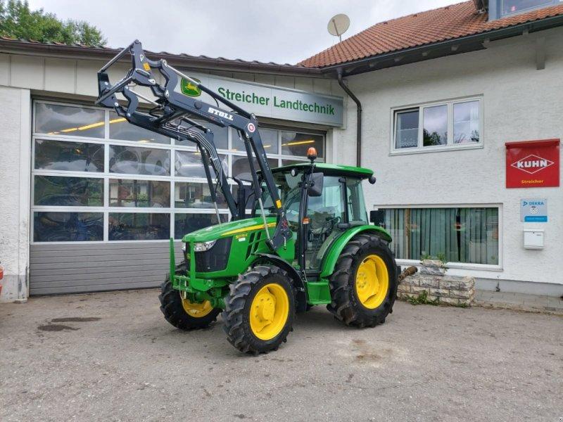Traktor des Typs John Deere 5075E / 5075 E inkl. Frontlader *Neumaschine*, Neumaschine in Günzach (Bild 1)