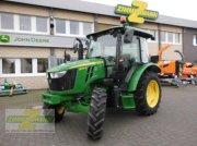 Traktor des Typs John Deere 5075E Klima, Gebrauchtmaschine in Wesseling-Berzdorf