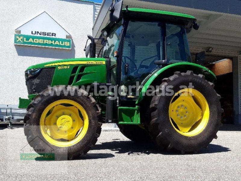 Traktor des Typs John Deere 5075E, Neumaschine in Aschbach (Bild 1)