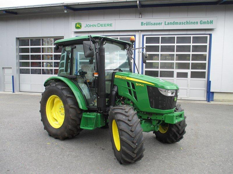 Traktor des Typs John Deere 5075E, Gebrauchtmaschine in Eichberg (Bild 1)