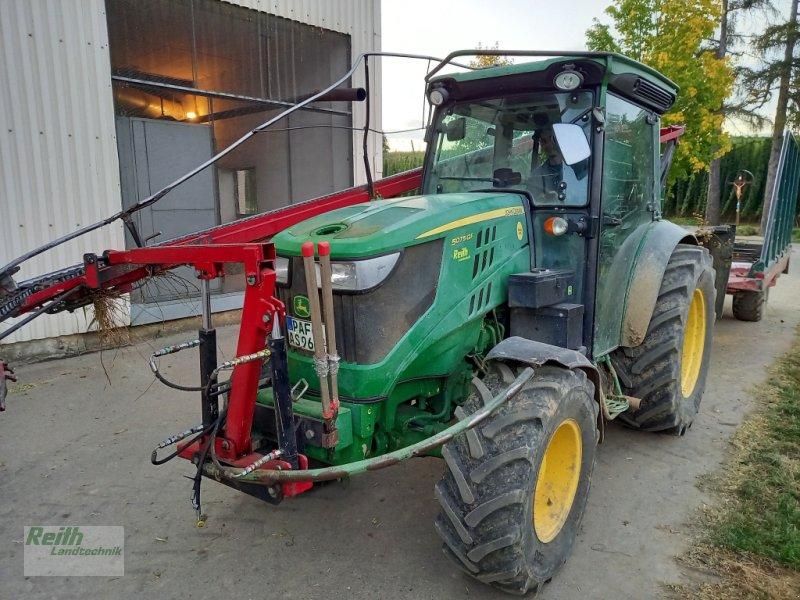 Traktor типа John Deere 5075GF, Gebrauchtmaschine в Wolnzach (Фотография 1)