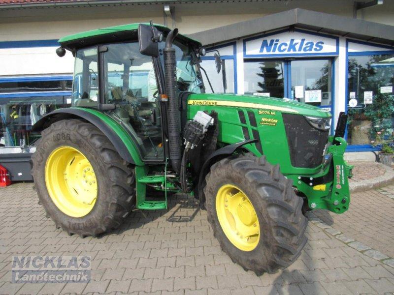Traktor des Typs John Deere 5075M, Gebrauchtmaschine in Schirradorf (Bild 1)