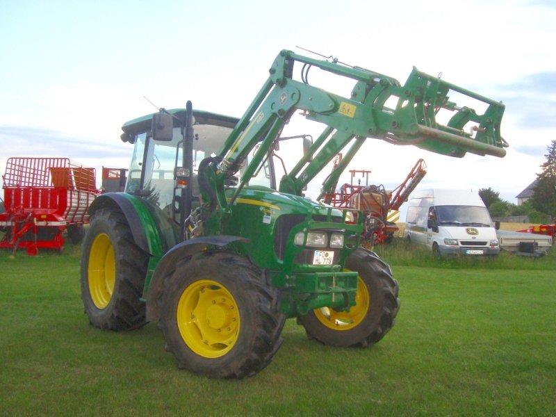 Traktor des Typs John Deere 5080 R, Gebrauchtmaschine in Emskirchen (Bild 3)