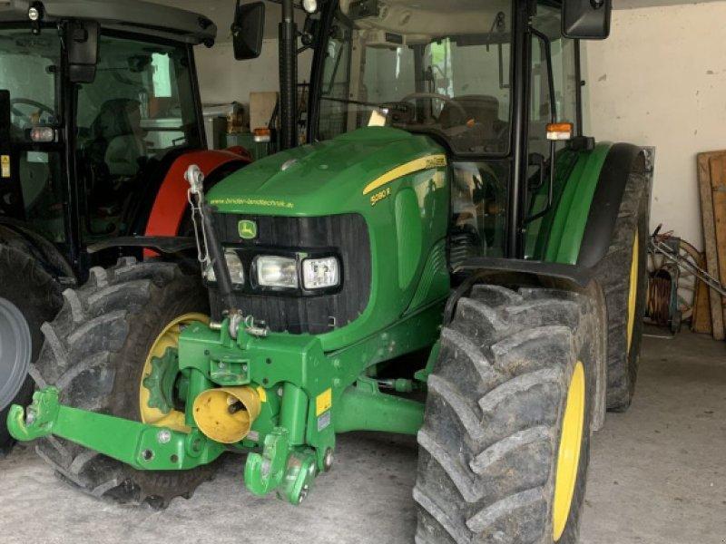 Traktor des Typs John Deere 5080R, Gebrauchtmaschine in Adnet (Bild 1)