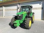 Traktor des Typs John Deere 5085 M aus 1. Hand (wie 5100 M) in Weigendorf