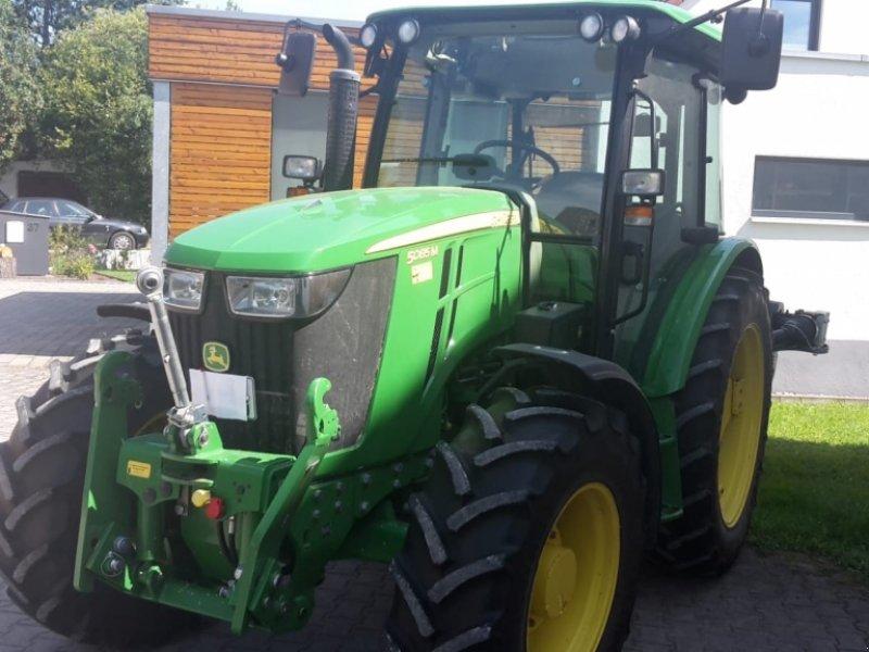 Traktor des Typs John Deere 5085 M, Gebrauchtmaschine in Weißenburg (Bild 1)