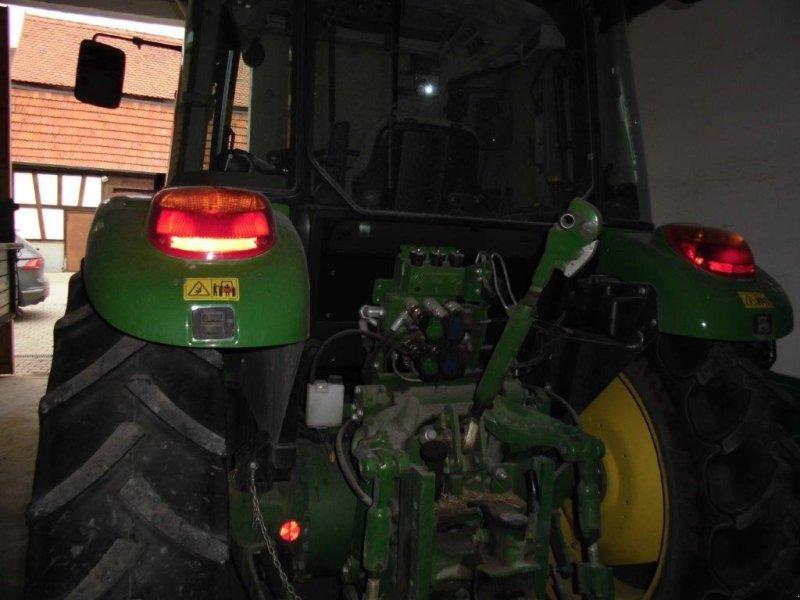 Traktor des Typs John Deere 5085 M, Gebrauchtmaschine in Weißenburg (Bild 3)