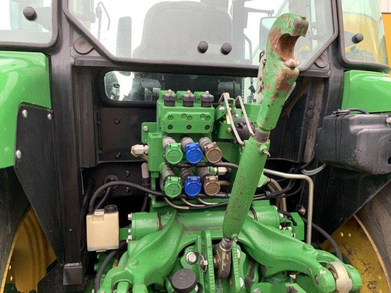 Traktor des Typs John Deere 5085M, Gebrauchtmaschine in Zuidoostbeemster (Bild 8)