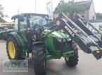 Traktor des Typs John Deere 5085M in Limburg-Staffel