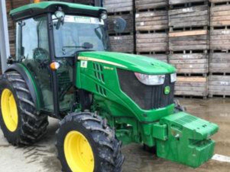 Traktor типа John Deere 5090 GF, Gebrauchtmaschine в MOISSAC (Фотография 1)