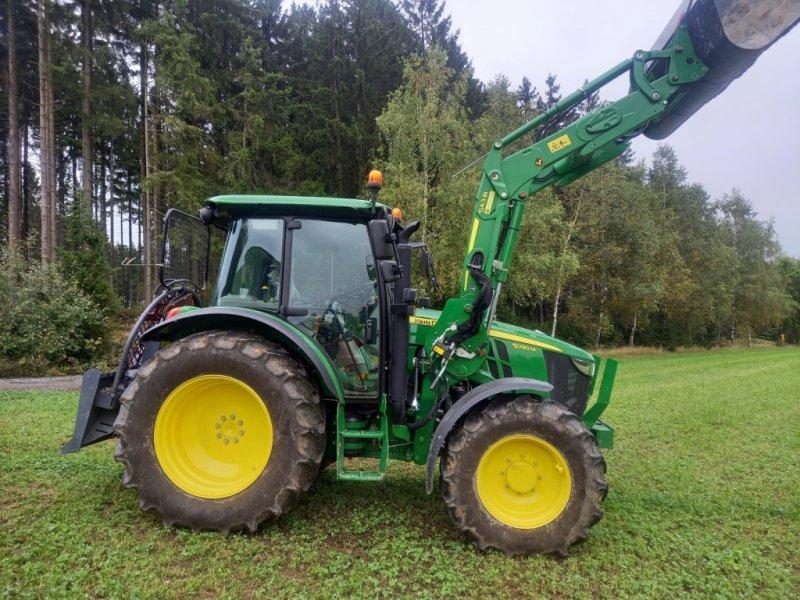 Traktor des Typs John Deere 5090 M, Gebrauchtmaschine in Helmbrechts  (Bild 1)