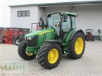 Traktor des Typs John Deere 5090 R in Bruckmühl