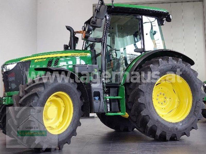 Traktor des Typs John Deere 5090M, Neumaschine in Aschbach (Bild 1)