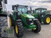 Traktor des Typs John Deere 5090R 5090 R wie NEU sofort VERFÜGBAR, Gebrauchtmaschine in Regensburg
