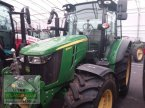Traktor des Typs John Deere 5090R in Bergland
