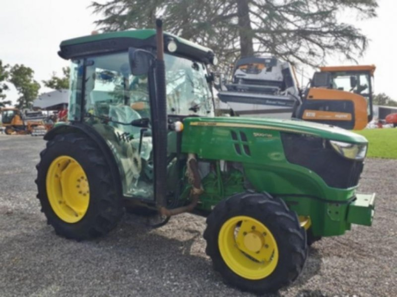 Traktor tipa John Deere 5100 gn, Gebrauchtmaschine u NÉAC (Slika 1)