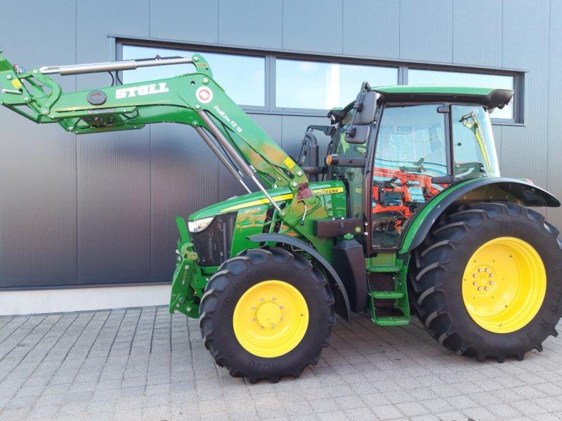 Traktor des Typs John Deere 5100 R Command8, Gebrauchtmaschine in Wülfershausen an der Saale (Bild 1)