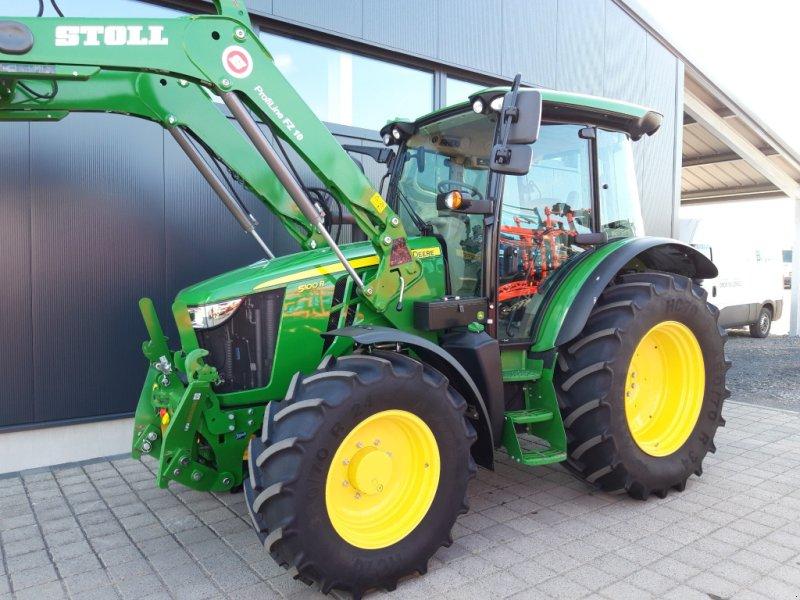Traktor des Typs John Deere 5100 R Command8, Gebrauchtmaschine in Wülfershausen an der Saale (Bild 2)