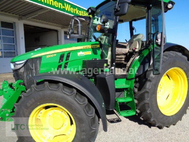 Traktor des Typs John Deere 5100 R, Gebrauchtmaschine in Schärding (Bild 1)