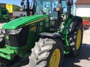 Traktor des Typs John Deere 5100 R, Neumaschine in Ravensburg