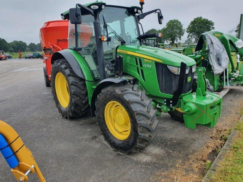 Traktor a típus John Deere 5100 R, Gebrauchtmaschine ekkor: DOMFRONT (Kép 1)