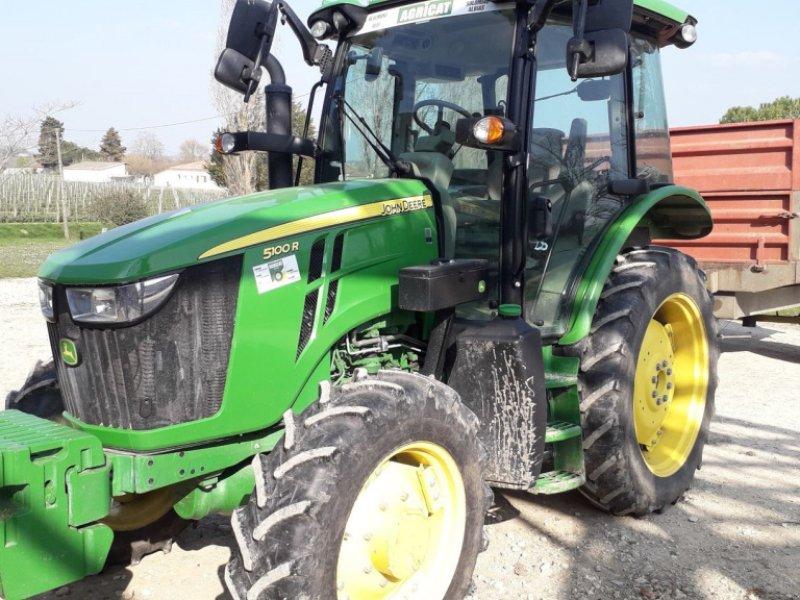 Traktor des Typs John Deere 5100 R, Gebrauchtmaschine in Realmont (Bild 1)