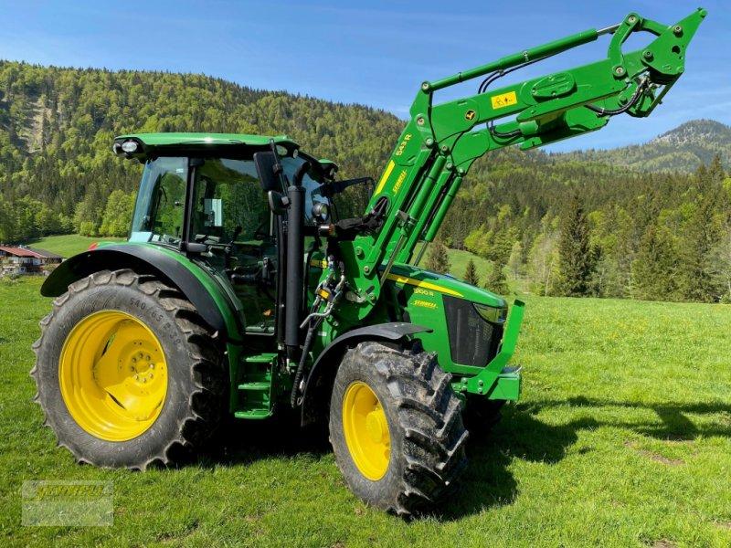 Traktor des Typs John Deere 5100 R, Gebrauchtmaschine in Söchtenau (Bild 2)