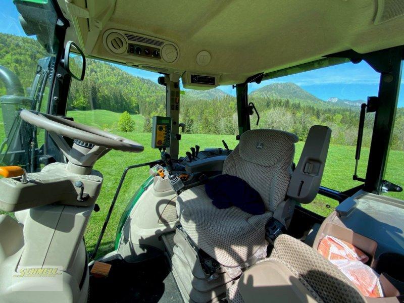 Traktor des Typs John Deere 5100 R, Gebrauchtmaschine in Söchtenau (Bild 4)