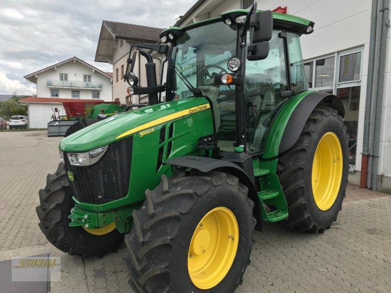 Traktor des Typs John Deere 5100 R, Neumaschine in Söchtenau (Bild 1)