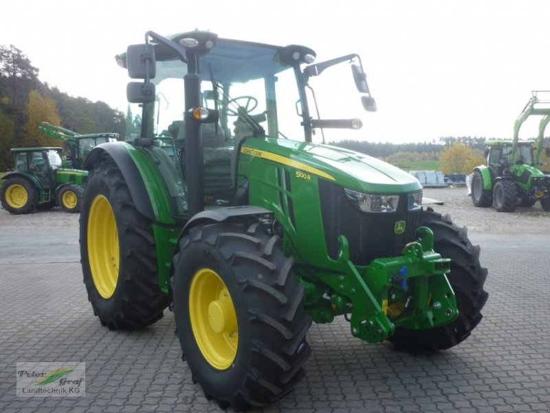 Traktor des Typs John Deere 5100 R, Gebrauchtmaschine in Pegnitz-Bronn (Bild 1)
