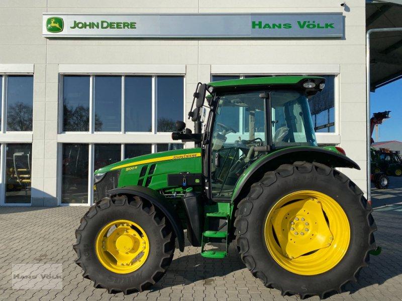 Traktor typu John Deere 5100 R, Neumaschine w Eching (Zdjęcie 1)