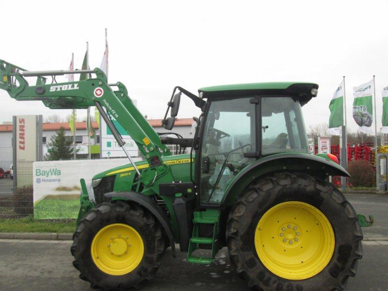 Traktor des Typs John Deere 5100 R, Gebrauchtmaschine in Wülfershausen an der Saale (Bild 1)